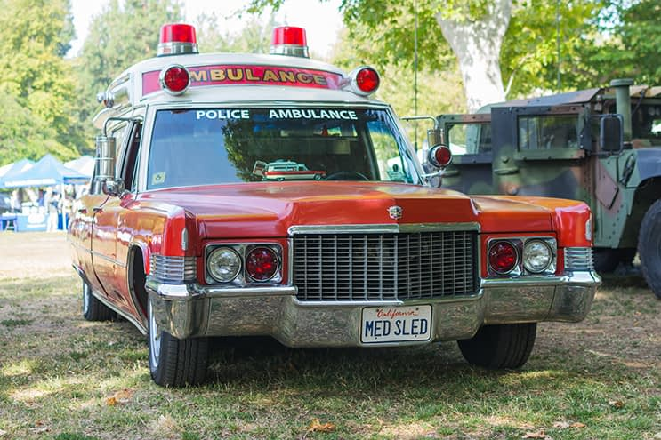cadillac ambulance 1971